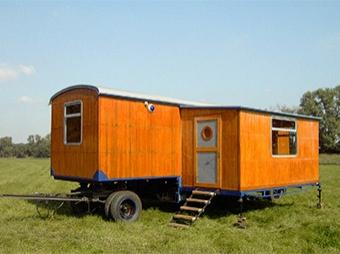 Bauwagen mit Runddach (Restaurierung)